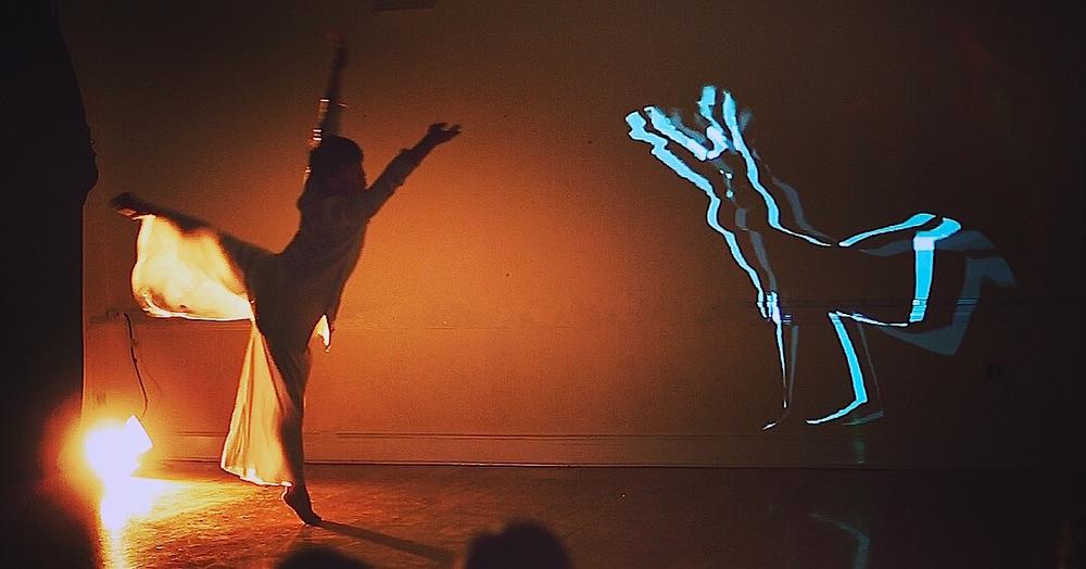 Alt-Memoir    New Media Dance Performance