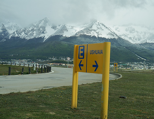 Leaving the airport for all points in Ushuaia. Sony NEX-
