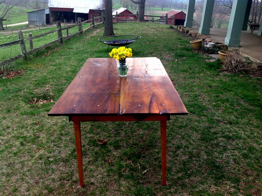 cd8d2d318aabd4e2-table.jpg