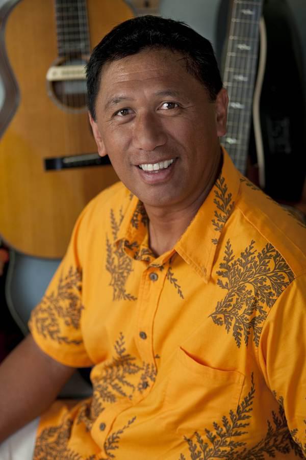 Kenneth Makuakane.jpg