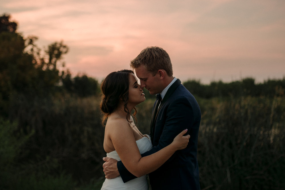California wedding bride and groom photo during sunset