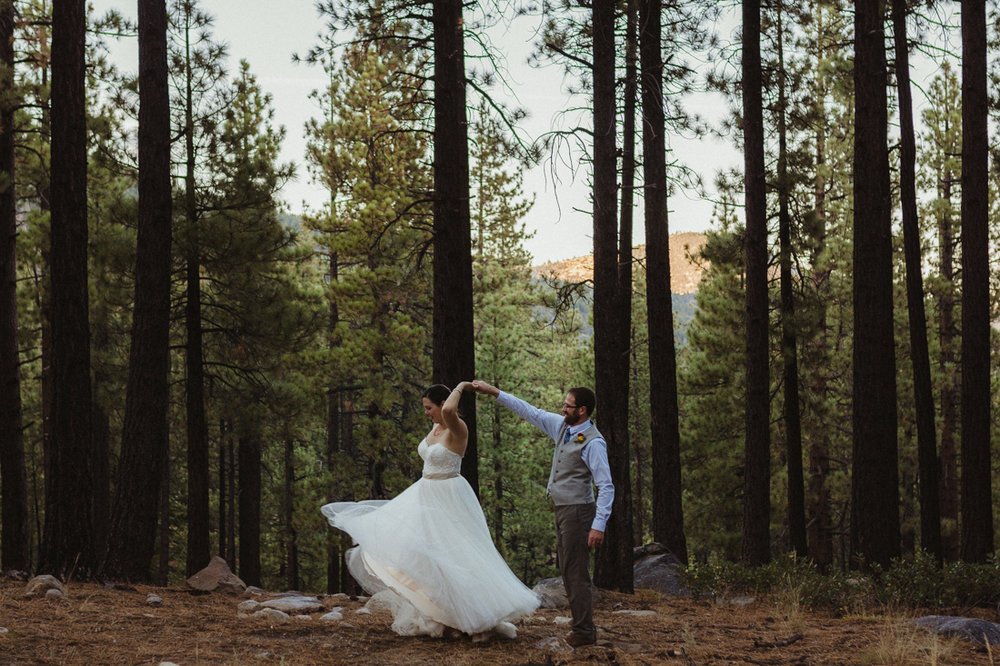Galena Creek Hatchery wedding photo