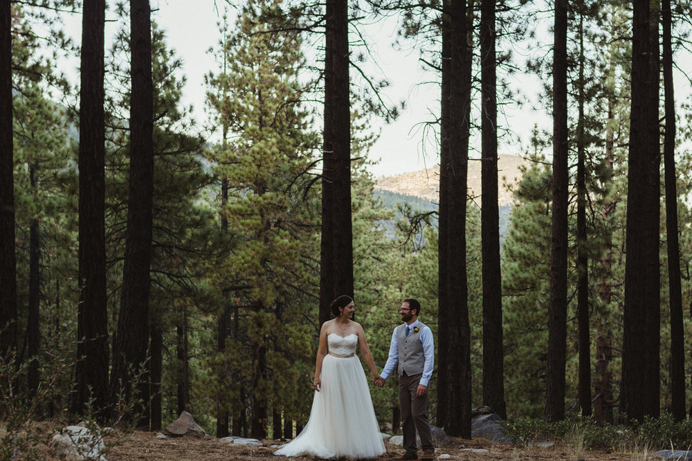 Galena Creek Hatchery couples wedding photo