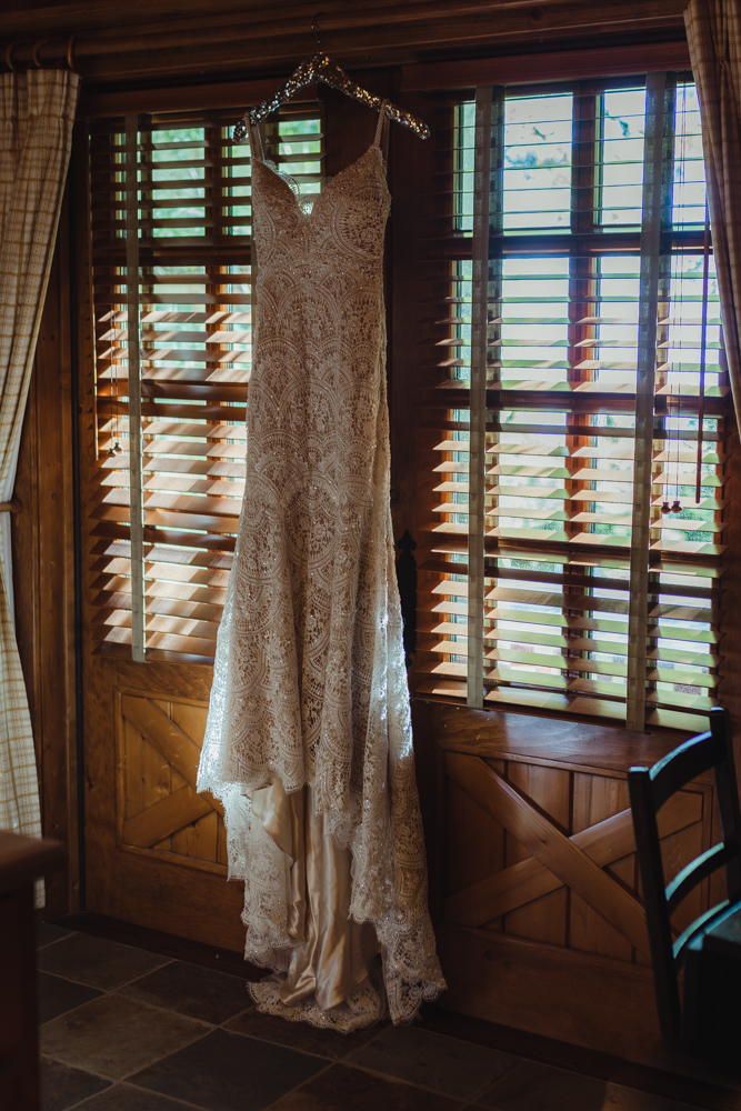 Incline Village wedding dress photo