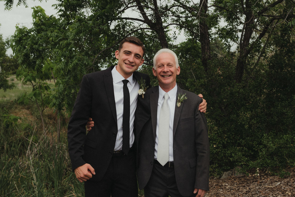Vacaville wedding groom and dad photo