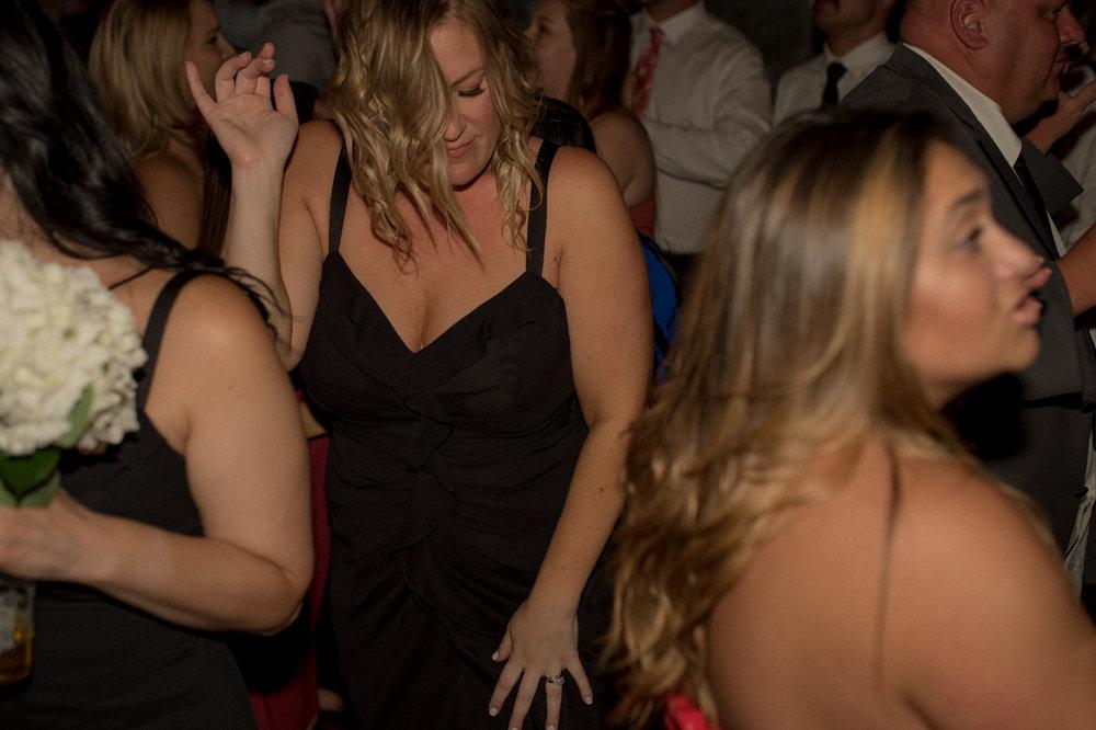 Tannenbaum wedding bridesmaid dancing photo