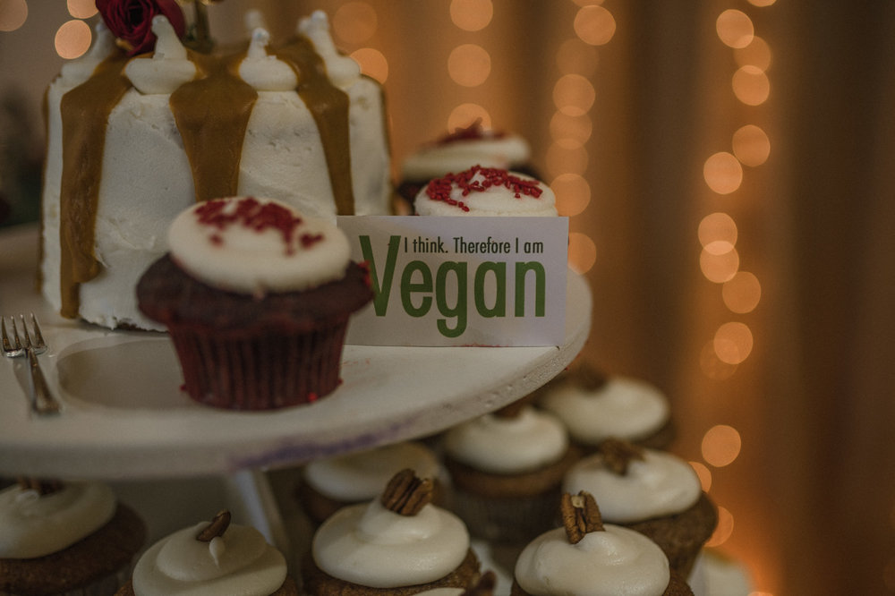 Wilbur D May Museum wedding, Beauty and the Beast wedding cupcakes photo