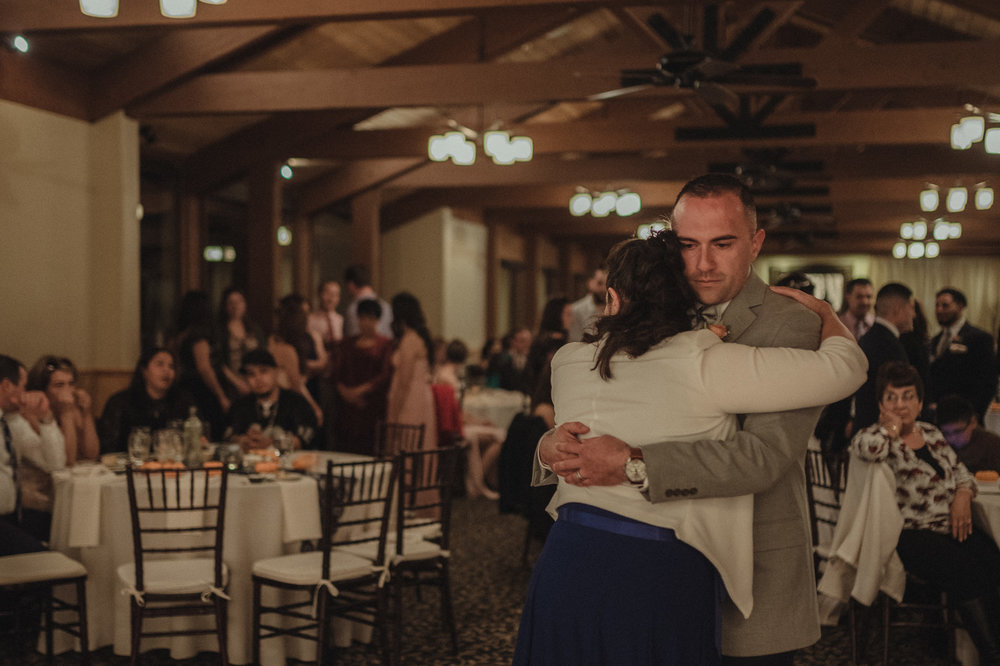 Tannenbaum Wedding Venue groom dancing with his mom photo