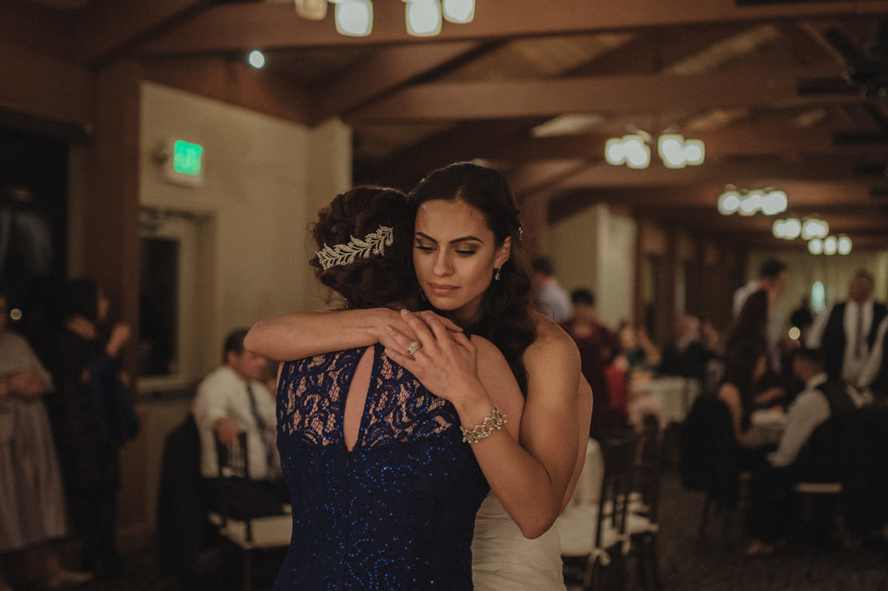 Tannenbaum Wedding Venue bride dancing with her mom photo