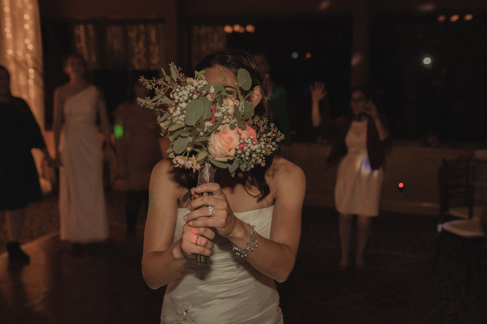 Tannenbaum Wedding Venue bride with her bouquet photo