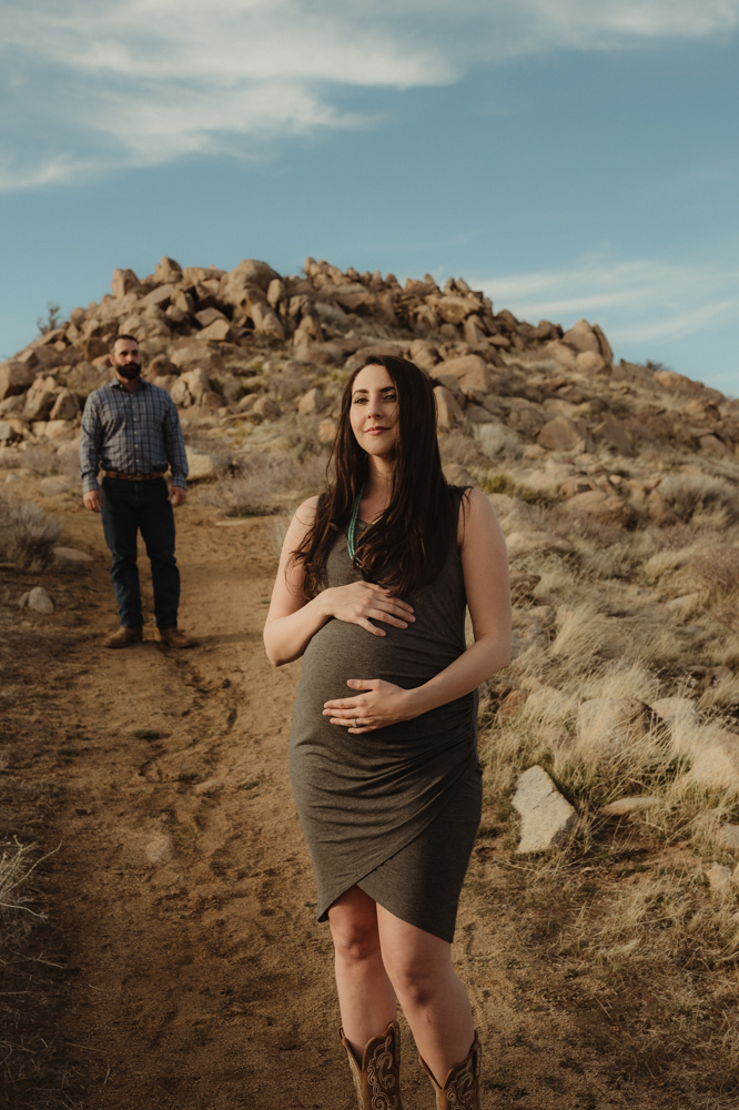 Desert maternity session editorial photo