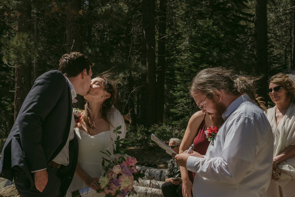 Sardine Lake Resort, Sierra Buttes elopement photo
