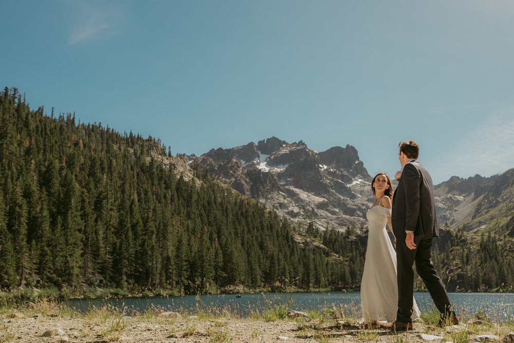 Sardine Lake Resort, Sierra Buttes elopement scenic photo