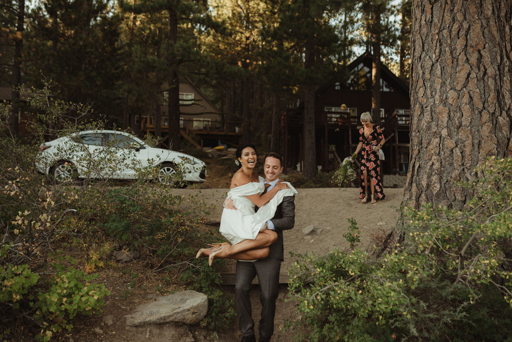 Lake Tahoe pop-up wedding/elopement couple walking to their ceremony photo