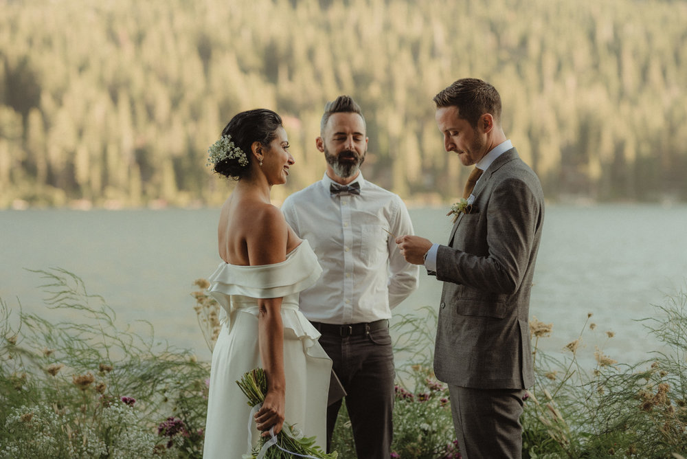 Lake Tahoe pop-up wedding/elopement groom reading his vows photo