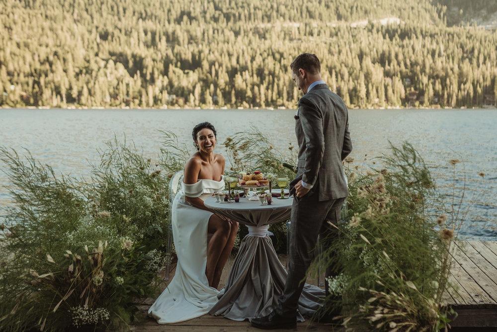 Lake Tahoe pop-up wedding/elopement sweetheart table set-up photo
