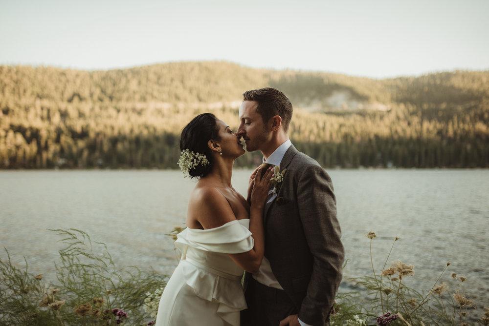 Lake Tahoe pop-up wedding/elopement couple enjoying their wedding day photo