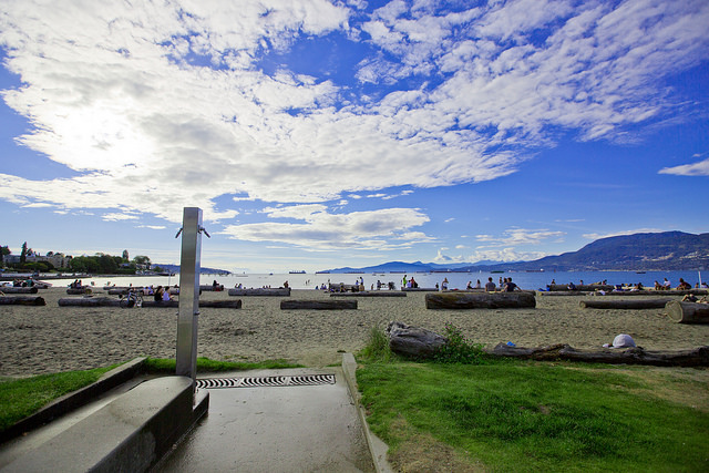 Step into Kitsilano Beach. (GoToVan - Source)