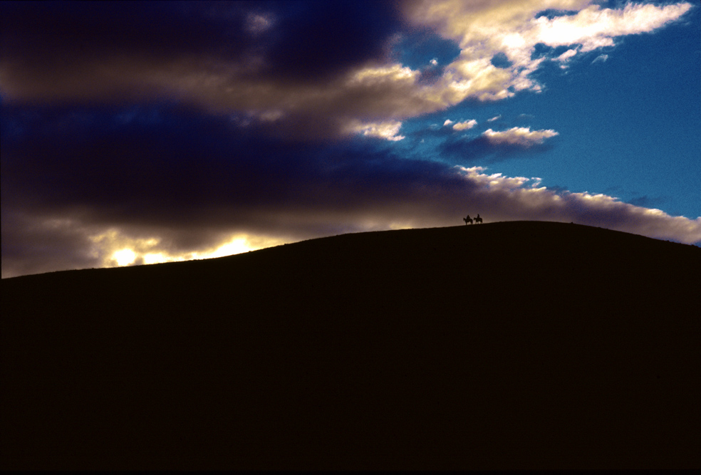 mm.dark.clouds-027-667.jpg