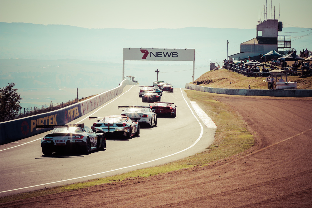 GT3 machines queue up at the top of the mountain at Skyline right before the downhill esses.