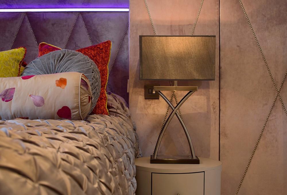 Bed-Lamp-2.jpg