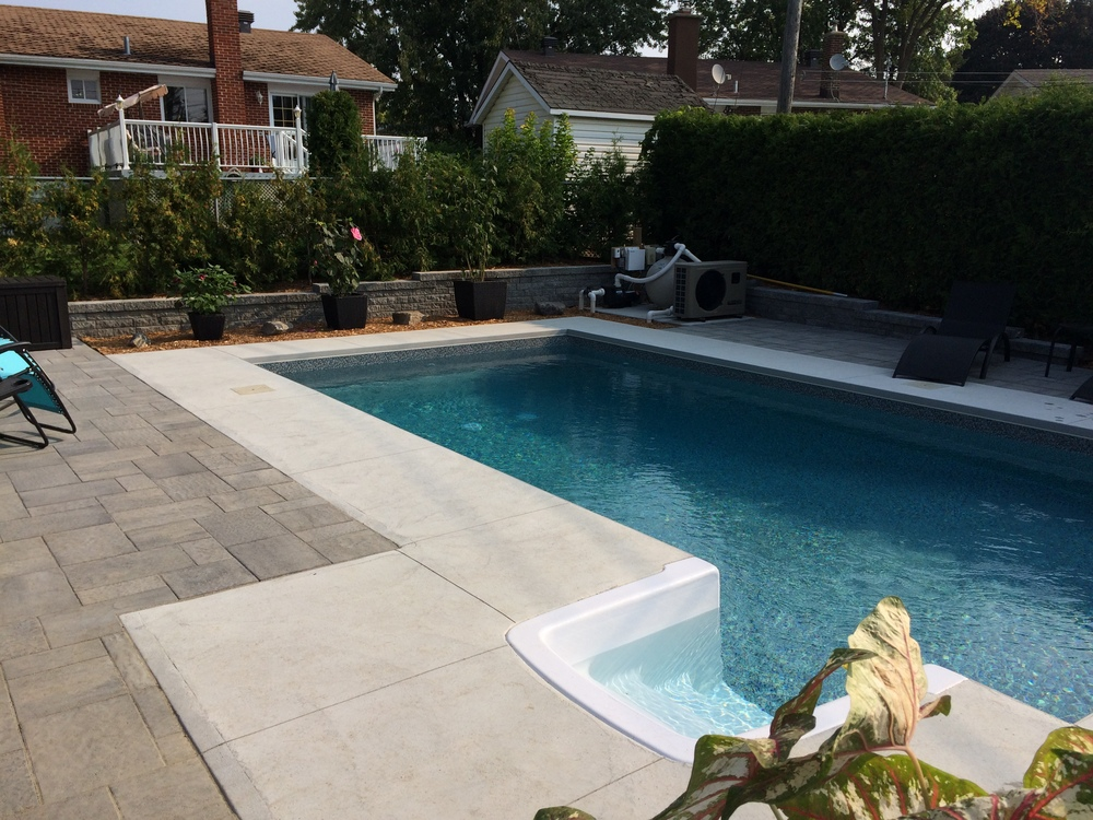 R alisations paysagement millaire landscaping for Piscine california 1