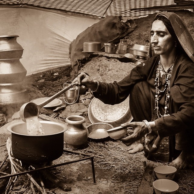 teacoup :     We share the same passion ~different circumstances~ honouring all the Chai Wallahs of the world! Our grandmother's recipes are sort after in today's tea exploding world! Be authentic drink real chai! #tea #chai #teacoup #ayurveda #ayurvedicteaologist #passion #chaiwalli #