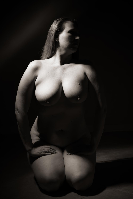 My nude year - Shannon Purdy Day 48-1.jpg