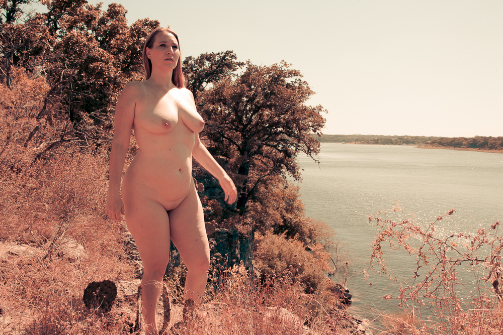 My nude year - Shannon Purdy Day 221-6