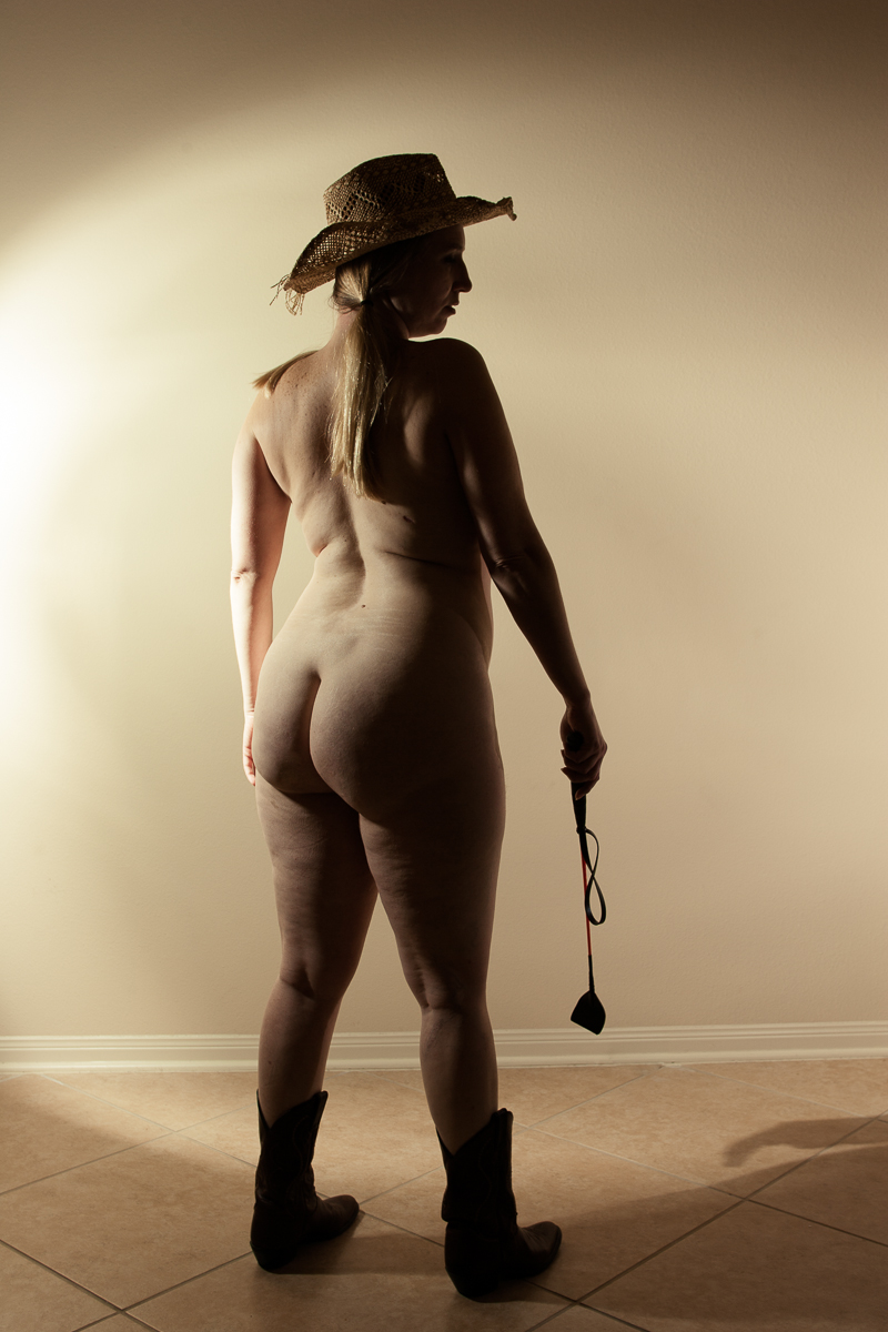 My nude year - Shannon Purdy Day 299-1