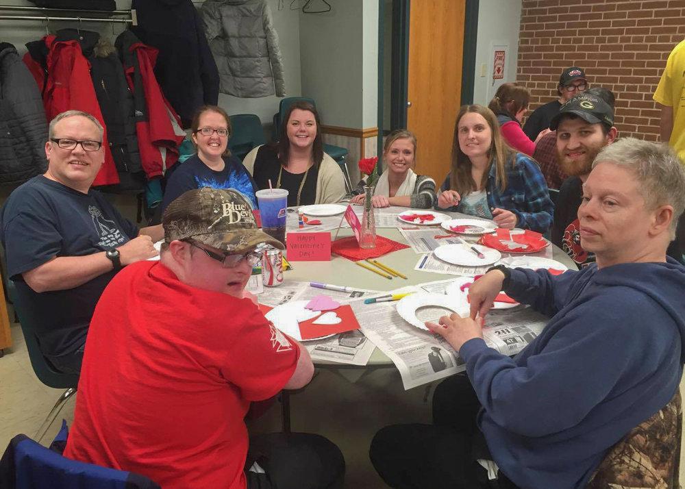 Hannah Saphner  UW-Stout Art Education INTERNSHIP: Thursday Thrillseekers, Leisure Center