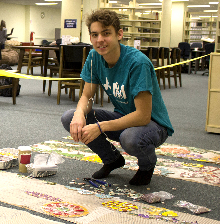 Marko Pechnik  UW-Stout Art Education INTERNSHIP: Mosaic Mural Installation LOCATION: UW-Stout Library