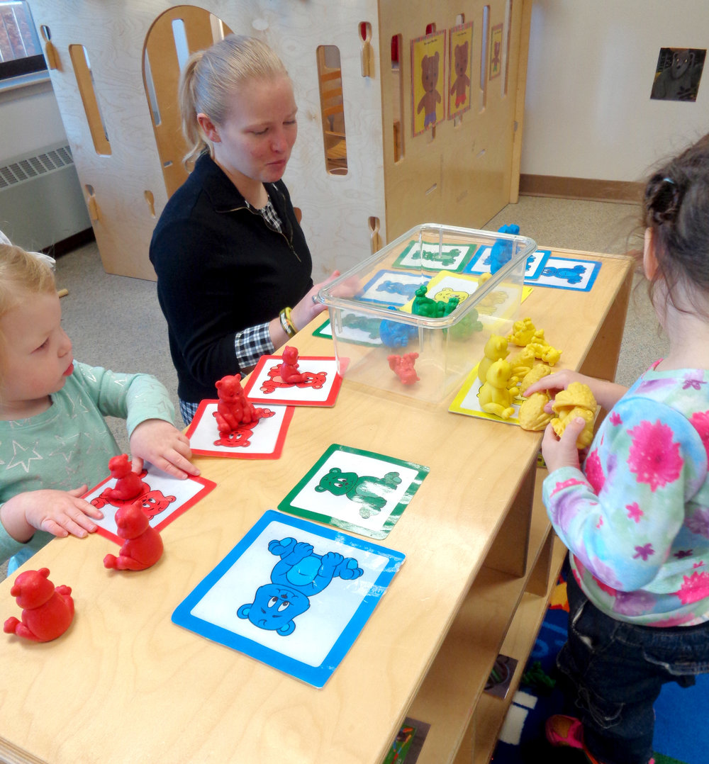CHELSEA STUTTGEN , UW-STOUT EARLY CHILDHOOD EDUCATION INTERNSHIP: Teaching Assistant, Child and Family Study Center