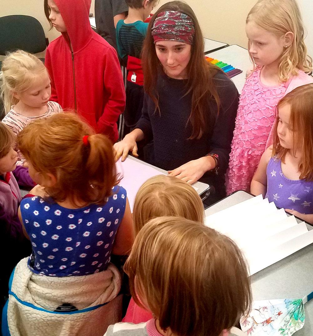 MADDIE KAYSER , UW-STOUT ART EDUCATION  Internship: Children's Art Club Coordinator, UW-Stout Library