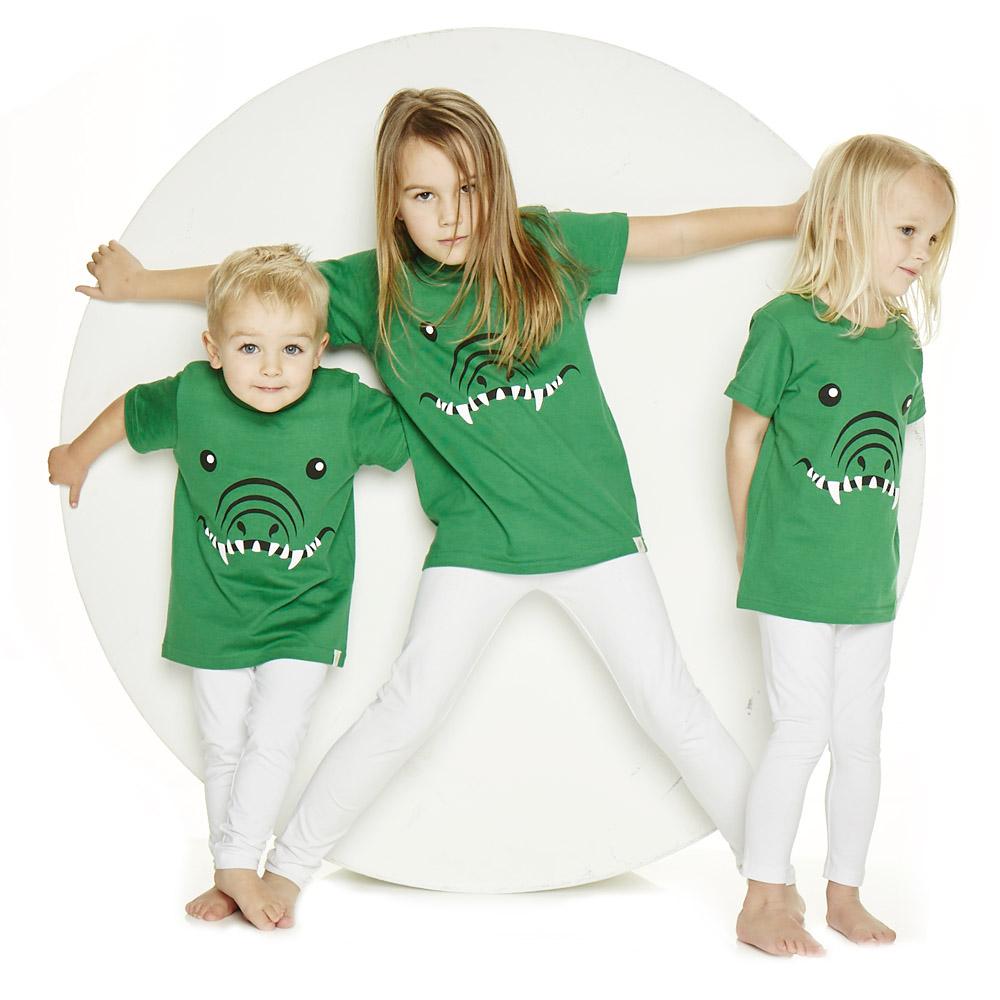reallywildchild-kids-animal-tshirts-say-hello.jpg