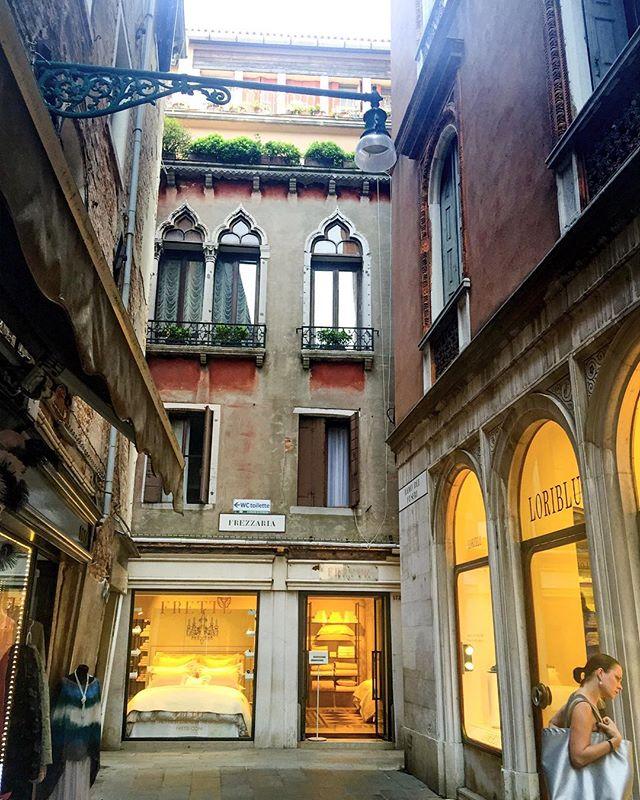 Shopping in Venice #shopping #travel #venice #italy
