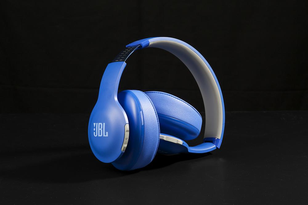 bluefolded700_1200x800.jpg