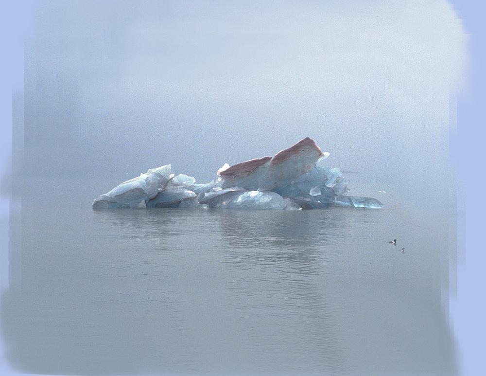 Dust Float x Ice