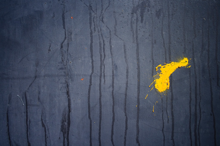 Yellow splat by fotologic is licensed under CC BY 2.0