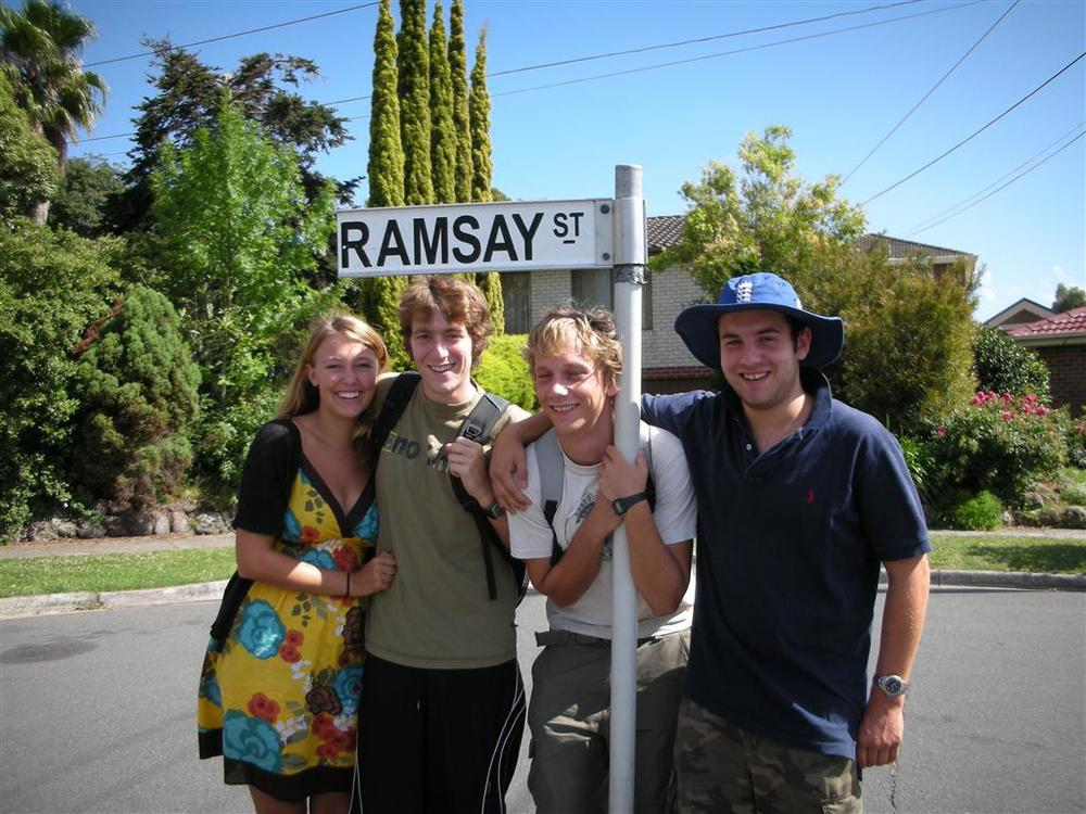 Bunyip Tours- Ramsay St Neighbours Tour B.JPG