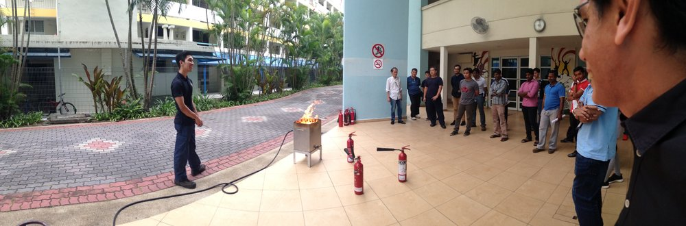 Learning the fire fighting demonstration for emergency response