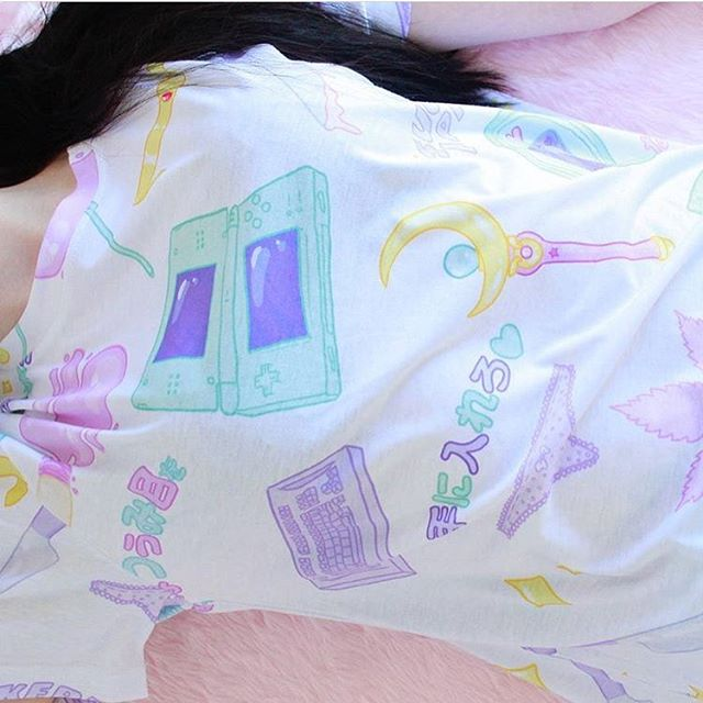 MAGICU GOOOO ☁️🌟✨ S,M,L,XL online - www.suckeredapparel.com