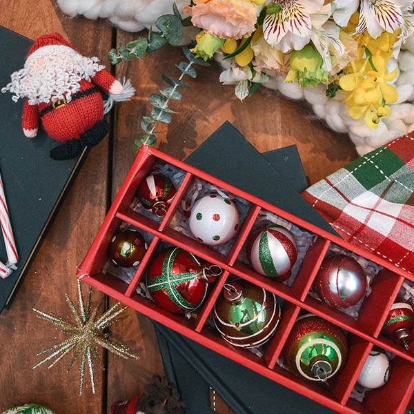 The ultimate Christmas gift guide. - As Christmas approaches, the season of giving often brings about a period of unwarranted stress and anxiety when choosing the perfect Christmas gift for that one friend or loved one who already seem to have everything they need.