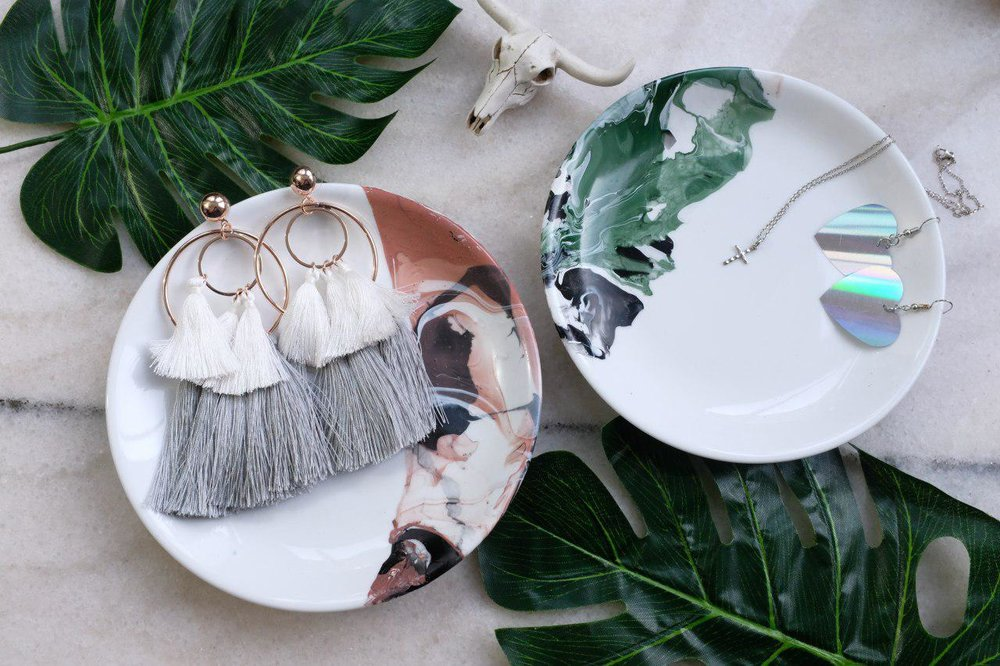 Marbling Workshop // The Bare Collective - Get creative with various marbling mixtures in this workshop to create one-of-a-kind patterns and walk away with something of your own at S$68. All materials (including an exclusive Crate and Barrel plate) will be provided.