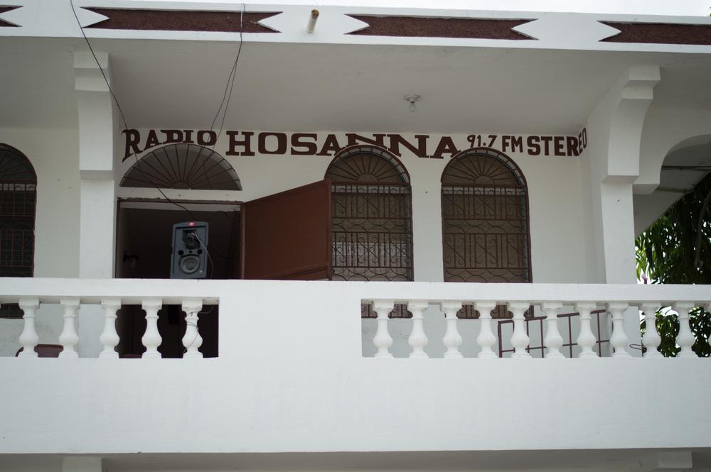 Radio Hosanna 3.jpg