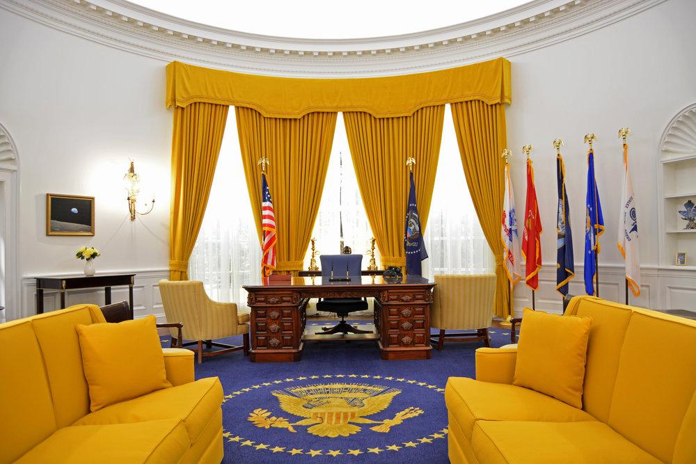 filethe reagan library oval office. Also Ford\u0027s, Regan\u0027s, Bush 41\u0027s And Clinton\u0027s Oval Offices. Filethe Reagan Library Office K