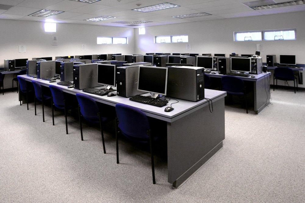 Boys_&_Girls_Club_Computer_Lab