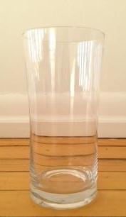 7.5 ' Cylinder Glass Vase