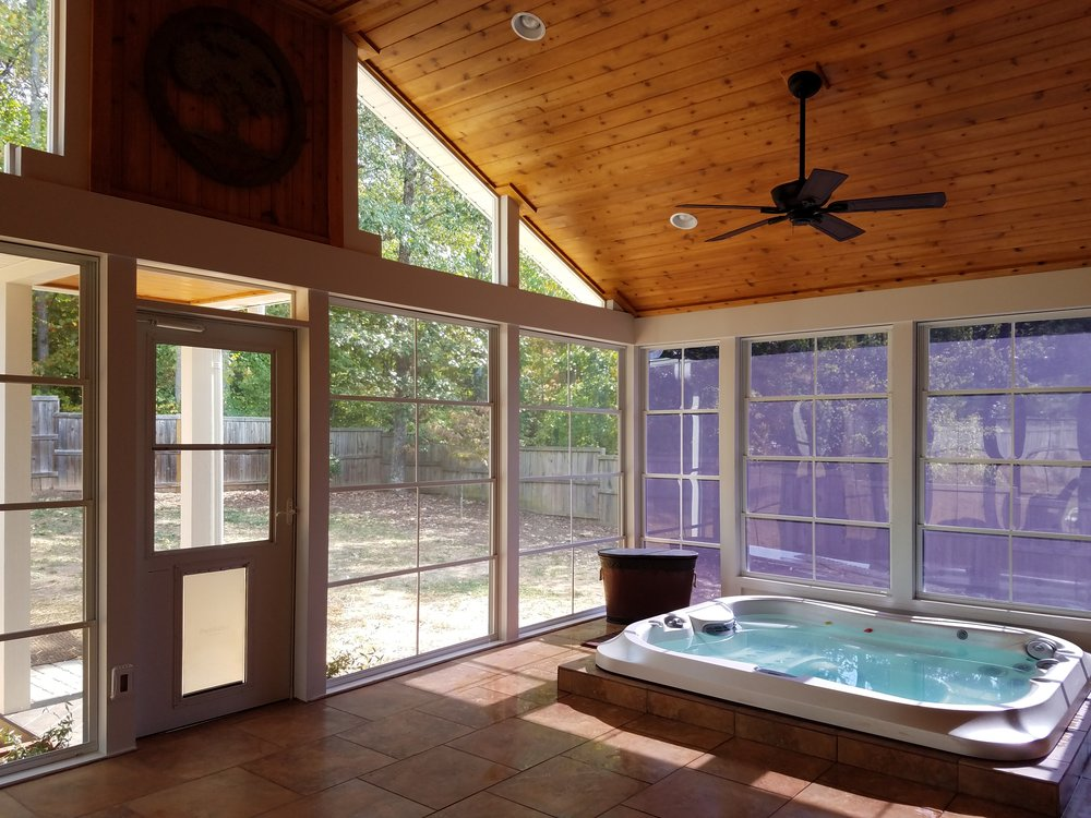 Screened Porch With Hot Tub And Eze Breeze Windows