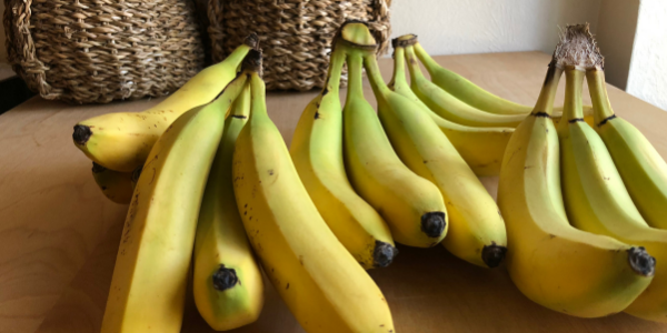 How to Store Bananas.png